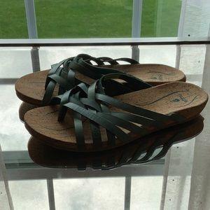 Ahnu pearl green and cork sandals